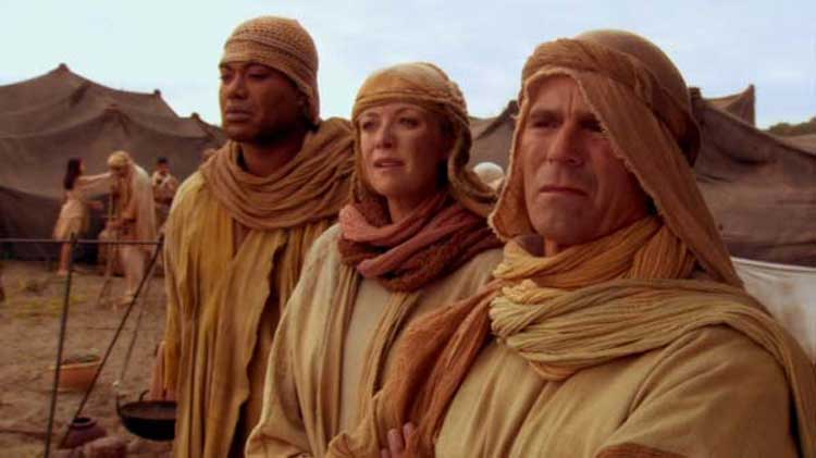 O'Neill, Carter, and Teal'c visit the past in Stargate SG-1's Moebius.