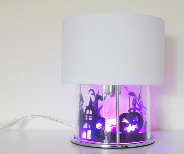 DIY : la lampe Boston de Luminaire.fr décorée pour Halloween