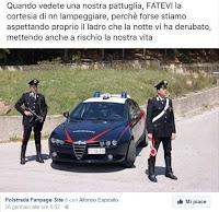 Lampeggiare per segnalare una pattuglia della Polizia