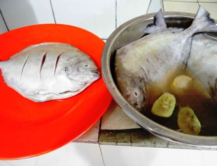 resep ikan bawal bakar, ikan bawal, ikan bakar, resep