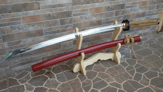 Pedang Sakabato memiliki sisi tajam yang terbalik