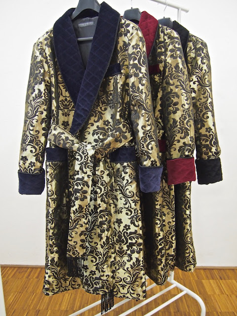 Mens quilted dressing gown paisley silk long warm floor length robe dark blue and gold victorian gentleman style custom tailored
