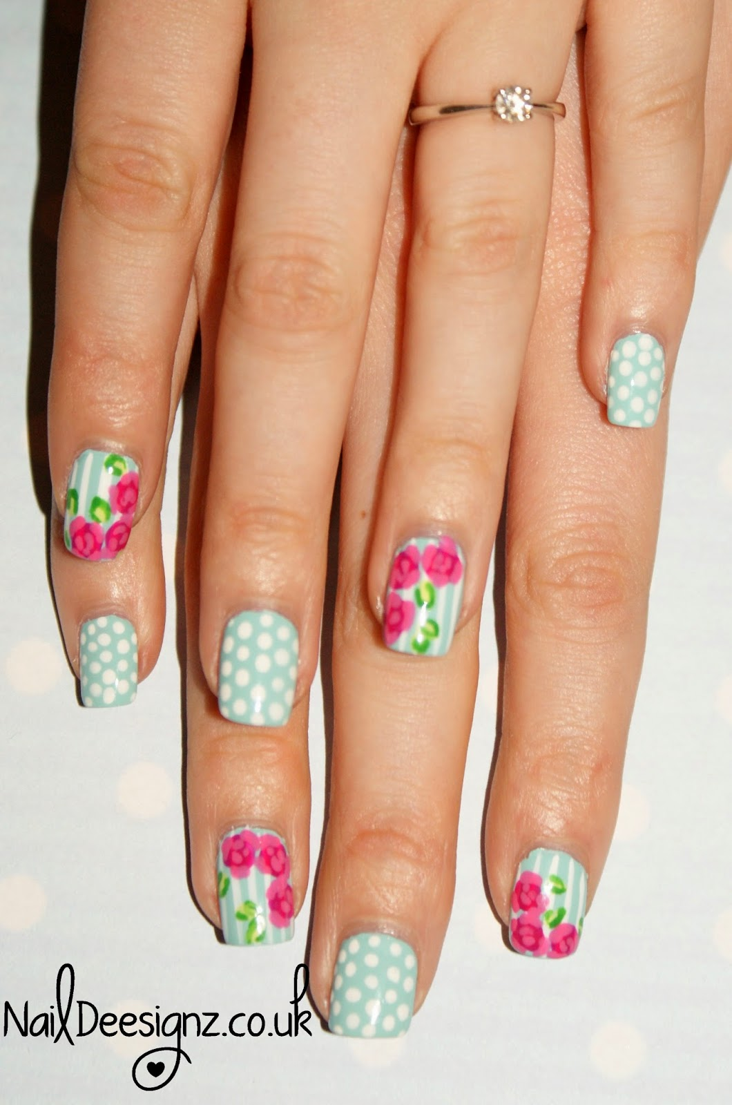 Rose Nail Net: NailDeesignz: Vintage Rose Nail Art