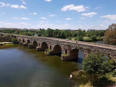 Puente romano sobre el río Guadiana