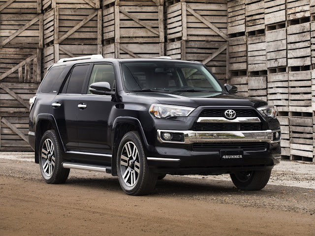 2017 Toyota 4Runner Limited in Black