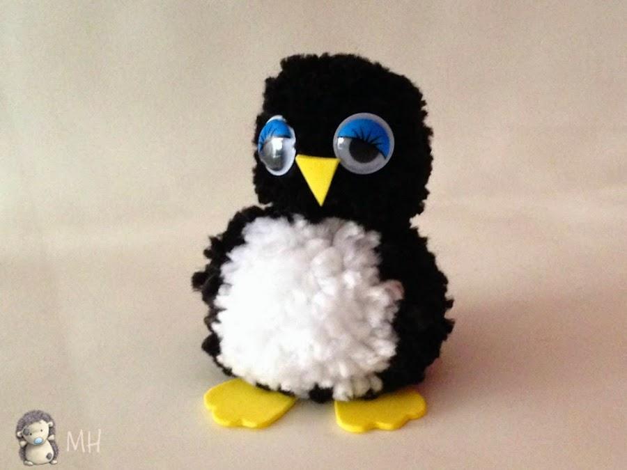 pinguino de pompones