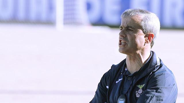 Nun`Álvares encontra novo treinador