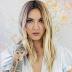 """O EP """"Nervous System"""", da Julia Michaels, é a prova de que o pop está em boas mãos"""