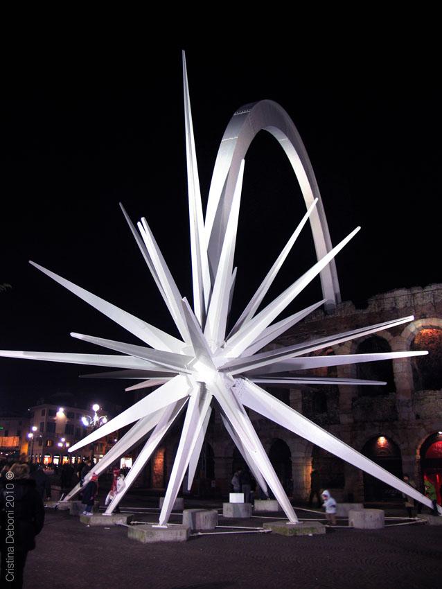 Stella Di Natale A Verona.Esplorando Stella Di Natale Simbolo Di Verona E Pace Nel Mondo