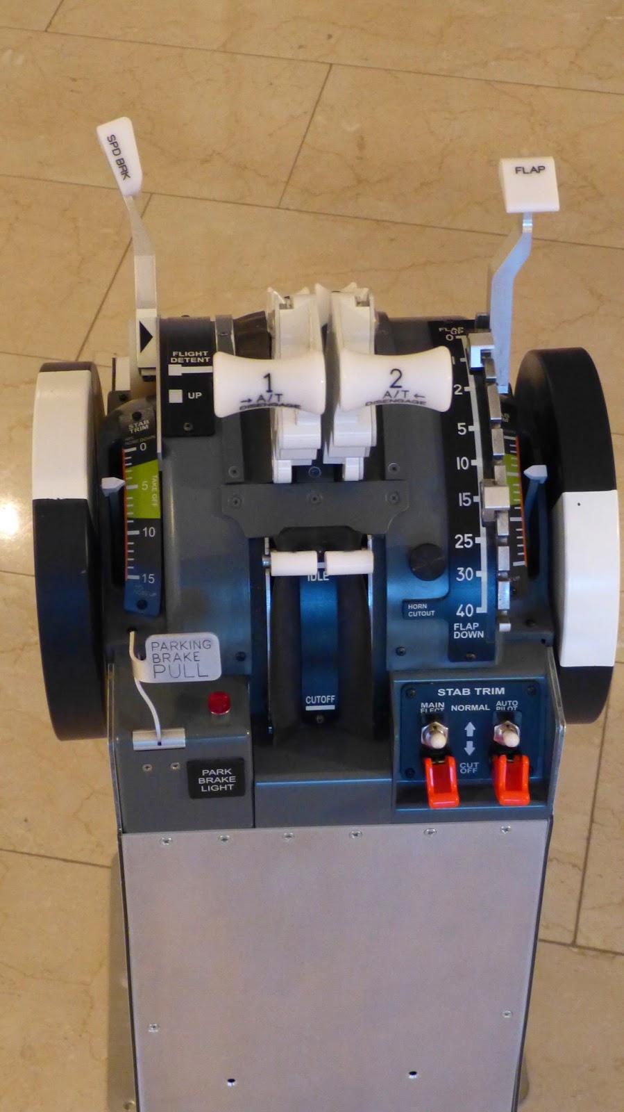 B737-800NG Homecockpit / 1:1 Scale > P3D v3 3: 2014