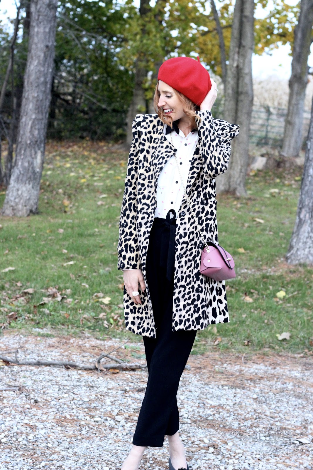 Lips blouse, red beret, blue lemon bag paris, leopard coat, zara shoes, pombons