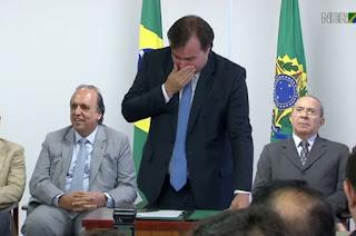 http://vnoticia.com.br/noticia/1937-presidente-em-exercicio-rodrigo-maia-homologa-acordo-de-recuperacao-fiscal-do-estado-do-rio