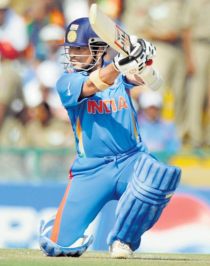 Lamenik Sachin Tendulkar World Cup Cricket 2011 Pics And Mini Biography