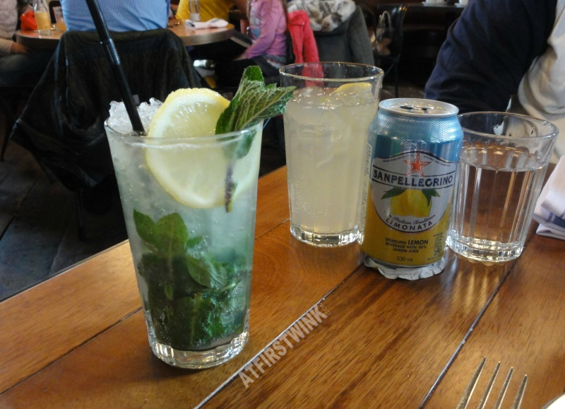 Jamie's Italian markthal Rotterdam drinks homemade lemonade and sanpellegrino limonata