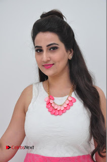 Anchor Manjusha Pictures at S2 Womens Showroom Launch 0001