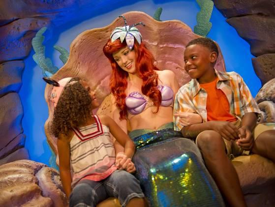 New Fantasyland Ariel Pequena Sereia