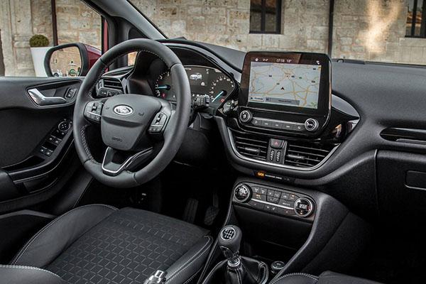 Burlappcar 2019 Ford Focus Interior