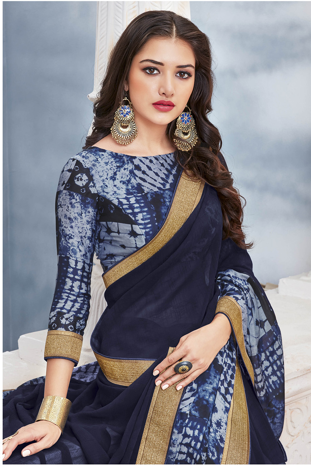 Doll Up Yourself in Saree Which is in Fashion