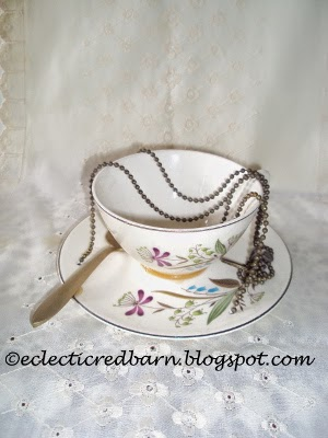 Eclectic Red Barn: Cup & Saucer Bird Feeder