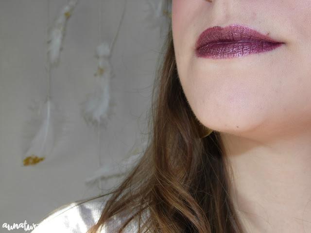 swatch rouge à lèvres métallique