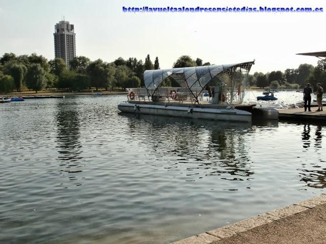 Embarcadero del lago Serpentine, en Hyde Park.