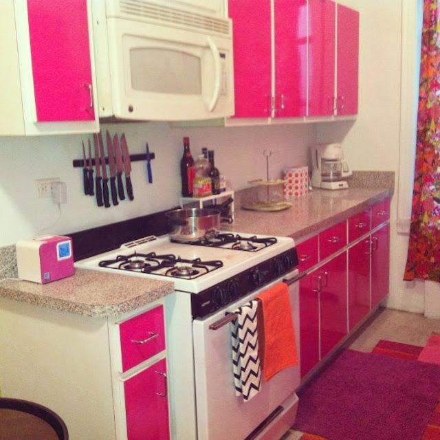 keramik dapur warna pink