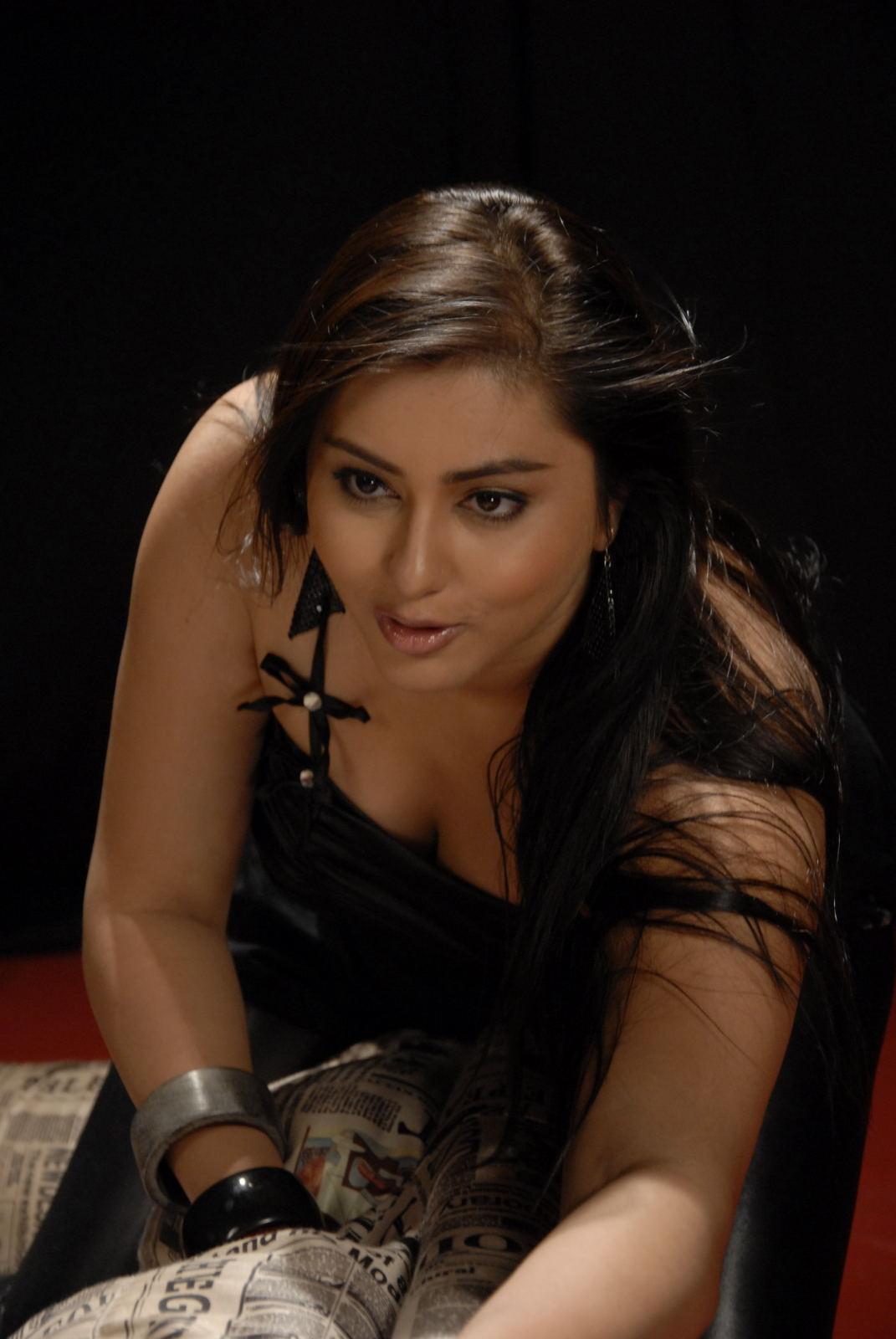 Namitha Nude Photoshoot  Photoshoot2012-2330
