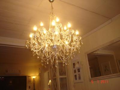 Fabelaktig åshilds villa: lysekrone fra skeidar PW-17