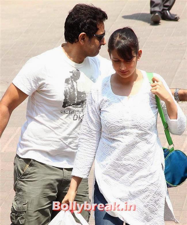 Parveen Dabas and Preeti Jhangiani, Sanjay Gupta Bollywood Holi Party Pics 2014