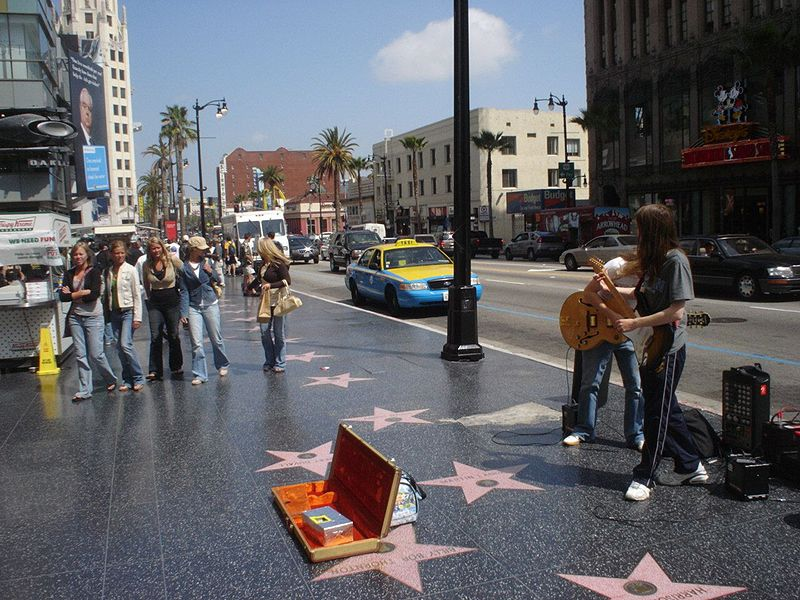 http://3.bp.blogspot.com/-N6IWr-S0tCY/UdRTtx2_47I/AAAAAAAABSU/KI7Uq9-L1kA/s800/Hollywood_Walk_of_Fame.jpg