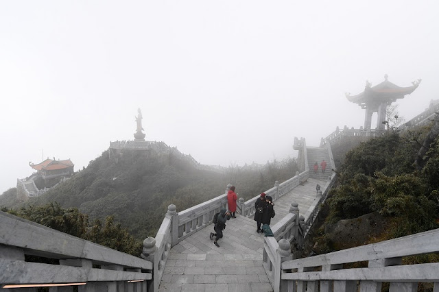 Contemplate the spiritual architectural complex at the top of Fansipan 3