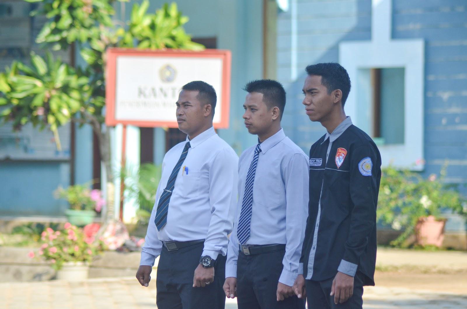 Petugas Upacara Unimuda Dari Pgsd Um Purwokerto Himapersada Umpurwokerto Bagikan Di