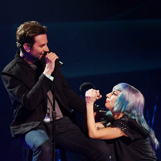 Lady Gaga And Bradley Cooper Sing 'Shallow' in Las Vegas
