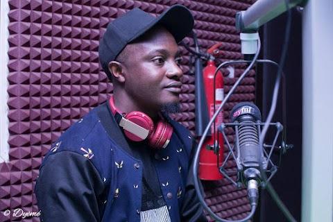 AUDIO/VIDEO : MAKE AM - V'zar feat.  Bizakeem (Prod. by Kingsley K-Bitz Lawrence)