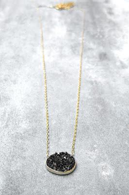 Collier Médecine Douce bijoux Lagon noir