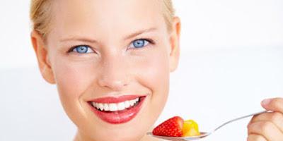 Dişleri Beyazlatmak İçin Yenilmesi Gerekenler