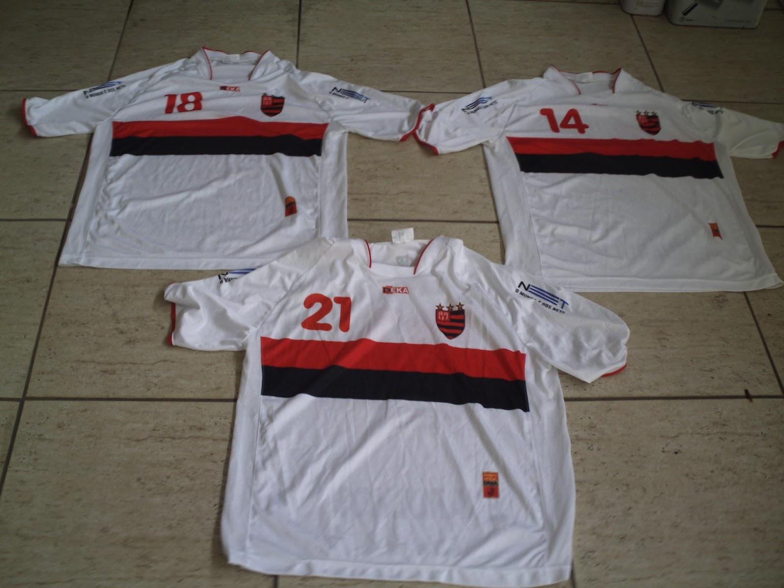 Flamengo vende camisas antigas  usadas  11851024eaf20