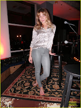 LeAnn Rimes Barefoot Stage