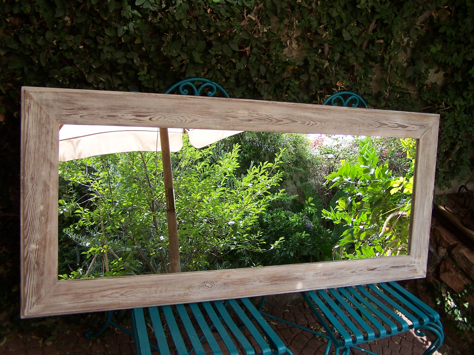 Chiribitil: Espejo apaisado marco pino tea