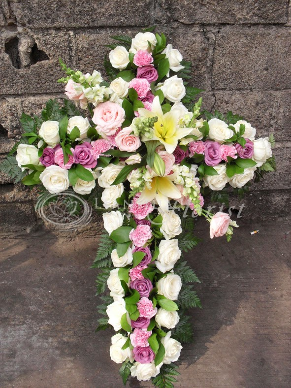 bunga salib ucapan duka cita