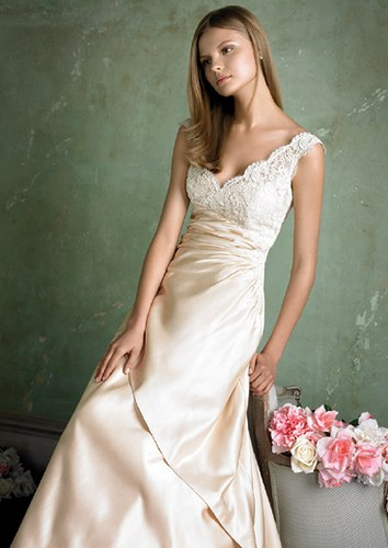 ad5187b8174 Finding the right wedding dress is hard enough even for a woman that  doesn t have body. Seriously