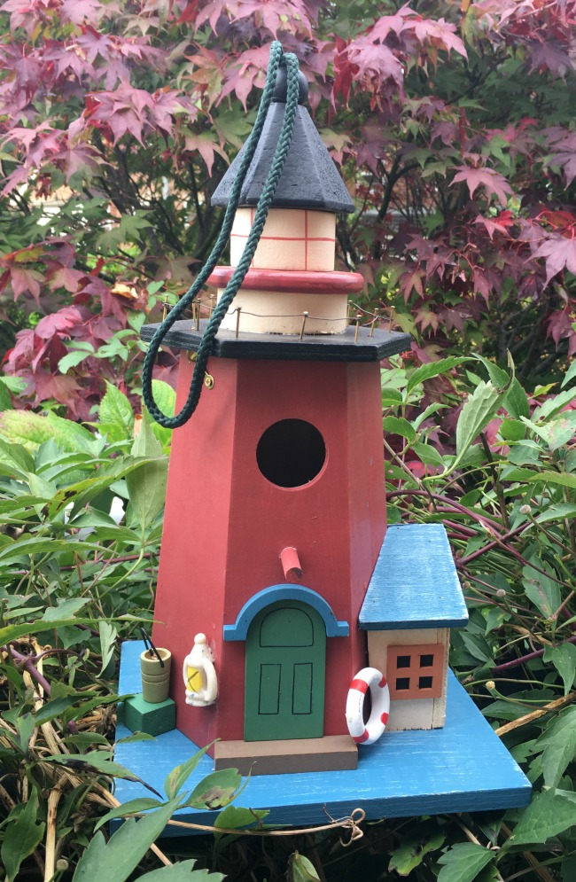 Christmas-gift-guide-2018-Alfresia-handmade-hanging-lighthouse-bird-box-and-feeder