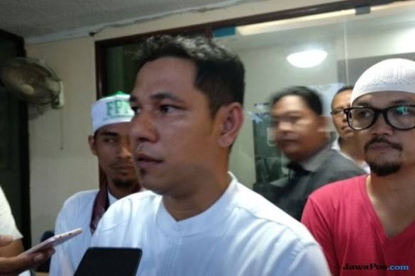 FPI Jemput Penghina Ustad Abdul Somad di Facebook, Langsung Dibawa ke Polda