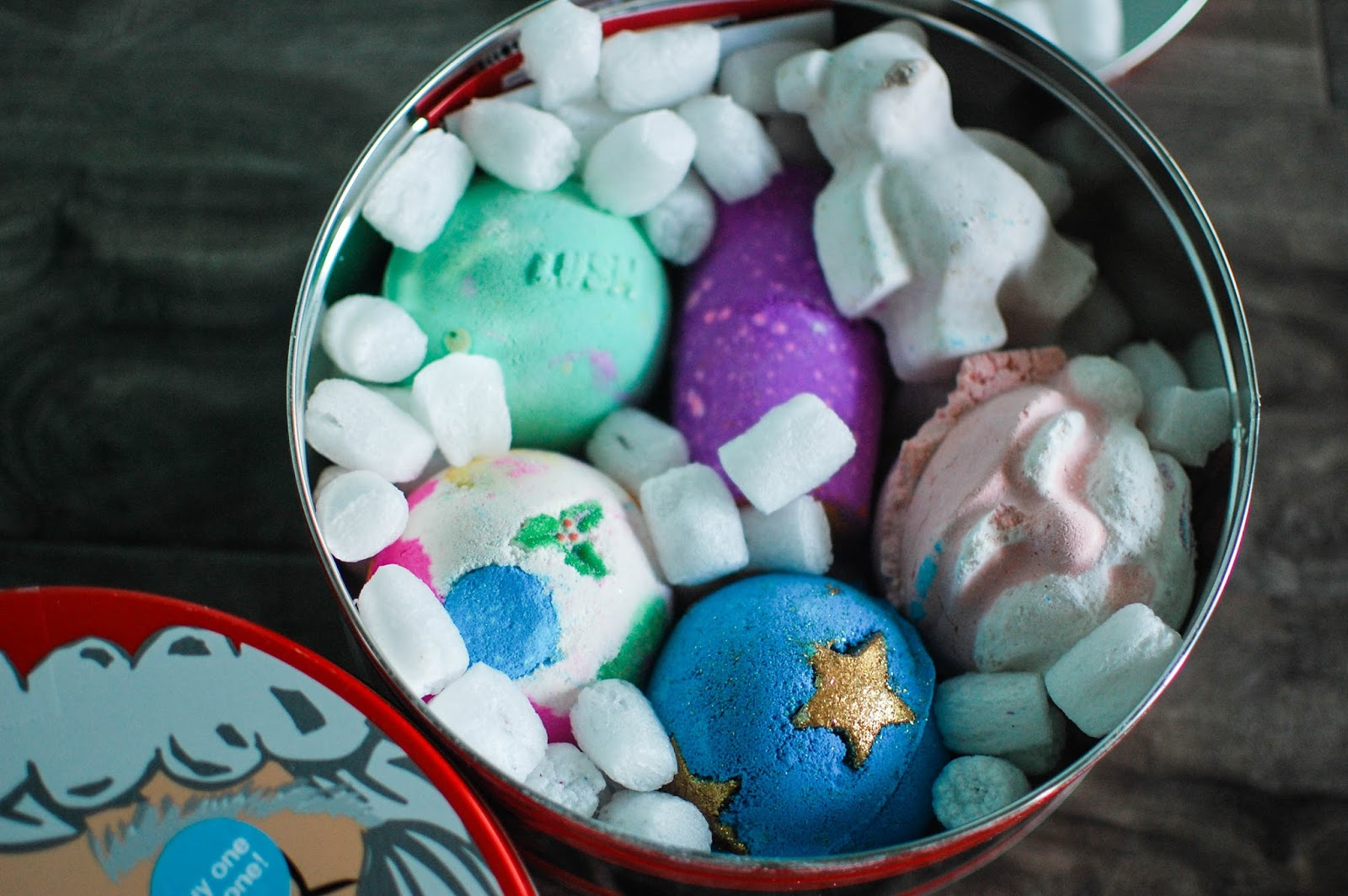 The Redolent Mermaid: Lush: Father Christmas Gift Tin