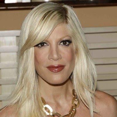 Trends Hairstyles: Bleach Blonde Hair
