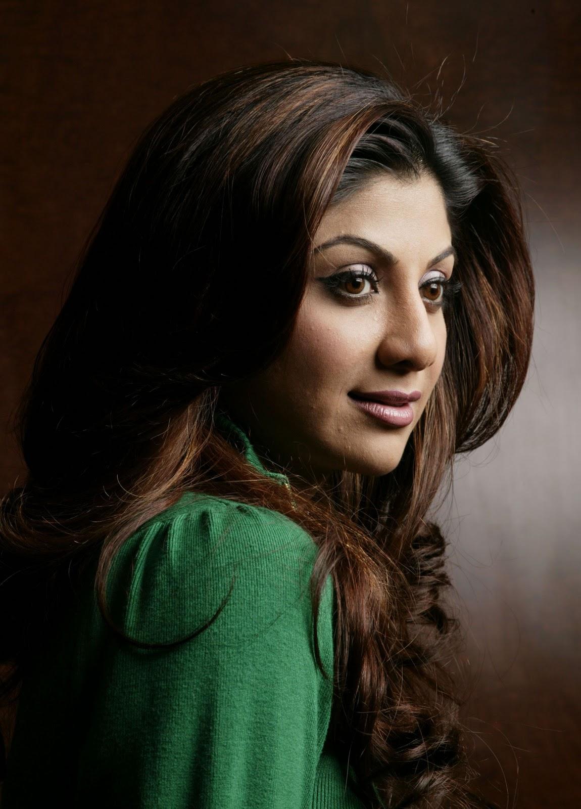 Shilpa-Shetty-Hot-Photos-Stills - Indian Movie Portal-3144