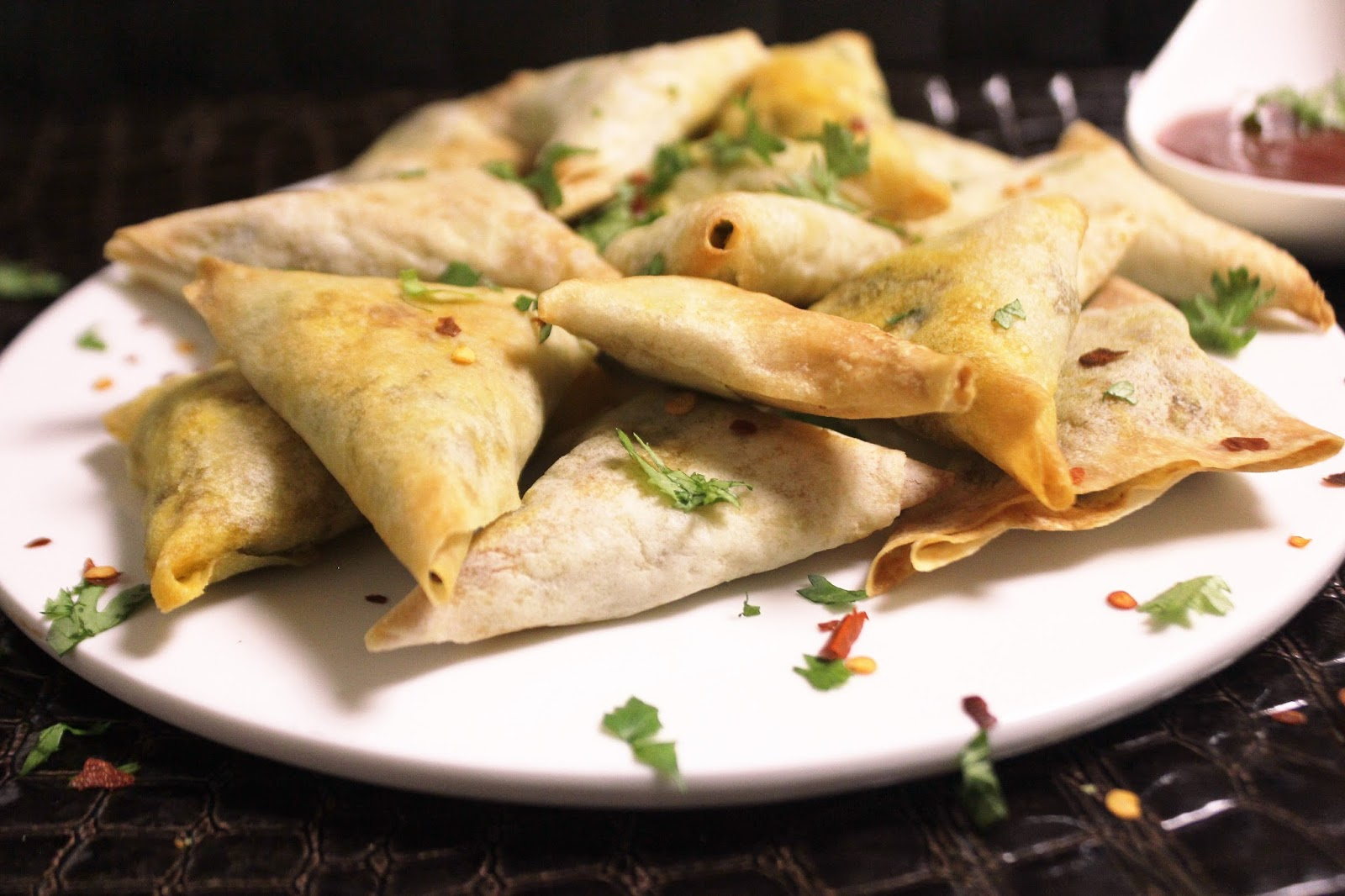 Bethica's Kitchen Flavours: Baked Chicken Samosa