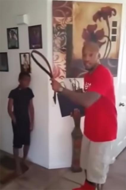 Este padre no le pegó a su hijo: ¡le destruyó su XBox!