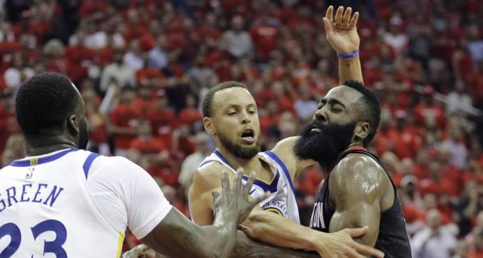 Rockets aplastan a Warriors y empatan la final del Oeste
