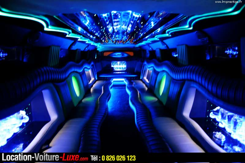 location limousine louer une limousine. Black Bedroom Furniture Sets. Home Design Ideas